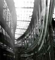 kaufhausarchitektur in der leipziger innenstadt, aufgenommen am 26. juni 2005